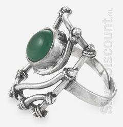 Женский перстень с хризопразом, вид сбоку