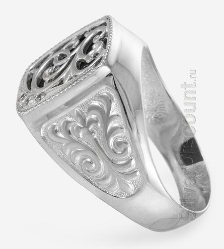 Печатка из родированого серебра, вид сбоку