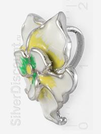 Серебряный цветок в кулоне с бело-желтой эмалью, вид сбоку