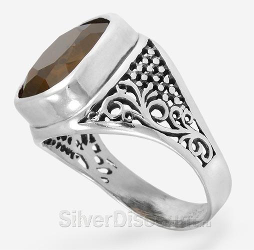 Кольцо из серебра, перстень с раухтопазом, вид сбоку