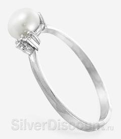 Кольцо с небольшой белой жемчужиной и фианитами, вид сбоку