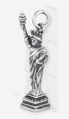 Миниатюрная статуэтка из серебра: статуя Свободы