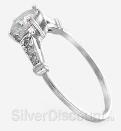 Серебряное кольцо с искусственным камешком-вставкой, вид сбоку