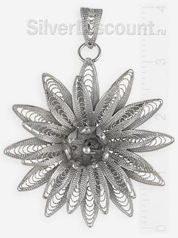 Кулон-цветок из серебра в технике филигрань