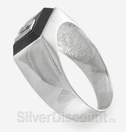 Мужской серебряный перстень - печатка с фианитами, вид сбоку