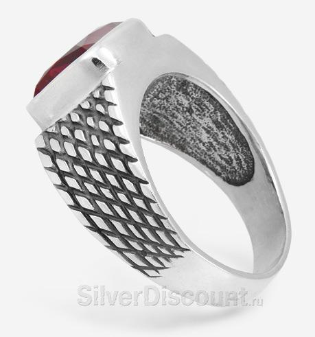 Рифленое кольцо с красным камнем, серебро