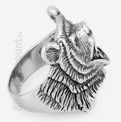 Кольцо мужское из серебра с медведем