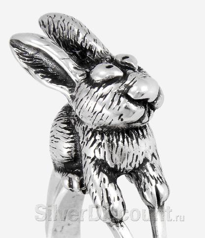 Серебряное кольцо с кроликом (зайцем), вид спереди