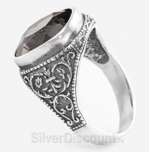 Мужской перстень-классика, серебро с ажурной резьбой и раухтопазом