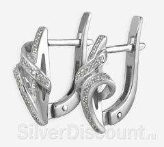 Небольшие, изящно закрученные серьги из серебра