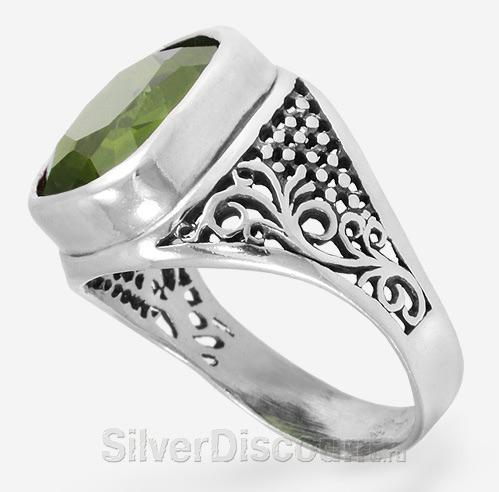 Серебряные перстни с крупными камнями
