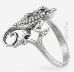 Кольцо из серебра с маленькой ящерицей, вид сбоку