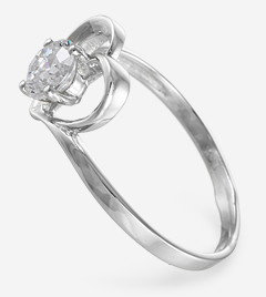 Романтичное кольцо сердце из серебра с фианитом