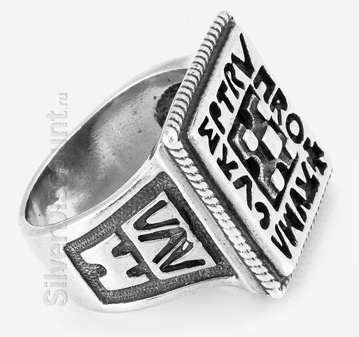 Тяжелый мужской перстень-печать цезаря, серебро, чернение, вид сбоку