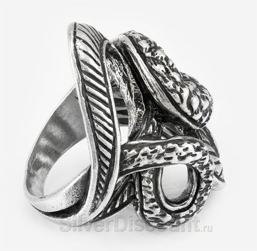 Серебряное кольцо извивающаяся змея