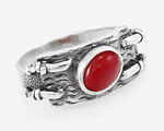 Стильное кольцо из серебра с красным кораллом